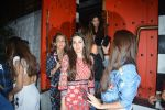 Karisma Kapoor spotted at Sanchos bandra on 5th Feb 2019 (65)_5c5a9ffb686a6.JPG