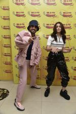 Ranveer Singh, Alia Bhatt at Radio Mirchi studio for the promotions of film Gully Boy on 4th Feb 2019 (15)_5c5a92345183e.jpg