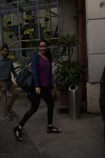 Shraddha Kapoor spotted at dance class in Andheri on 5th Feb 2019 (2)_5c5a9f0f9acd2.JPG