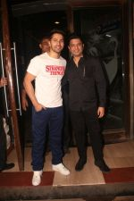 Varun Dhawan, Bhushan Kumar at Nora Fatehi_s birthday party in bandra on 5th Feb 2019 (105)_5c5aa282774fd.JPG