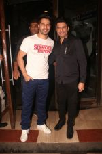 Varun Dhawan, Bhushan Kumar at Nora Fatehi_s birthday party in bandra on 5th Feb 2019 (107)_5c5aa283a9ed0.JPG