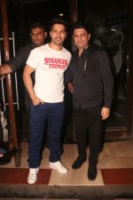 Varun Dhawan, Bhushan Kumar at Nora Fatehi_s birthday party in bandra on 5th Feb 2019 (108)_5c5aa284dd6e8.JPG