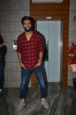 Vicky Kaushal at the Success party of fil Uri at Escobar bandra on 4th Feb 2019 (39)_5c5a953f5d2e3.JPG