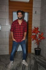Vicky Kaushal at the Success party of fil Uri at Escobar bandra on 4th Feb 2019 (43)_5c5a9549545b5.JPG