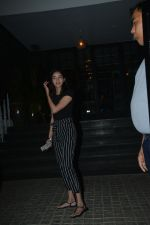 Ananya Pandey Spotted At Soho House Juhu on 6th Feb 2019 (25)_5c5bdd448fdce.jpg