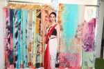 Karisma Kapoor at the special preview of spring summer 19 collection of Satya Paul at thier store in Phoenix on 6th Feb 2019 (19)_5c5bde9b806c5.jpg