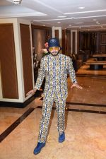 Ranveer Singh spotted at the interviews of Gully boy on 6th Feb 2019 (17)_5c5bdcc850994.jpg
