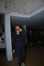 Preity Zinta spotted at bandra on 7th Feb 2019 (1)_5c5d2d1ce2fc7.JPG