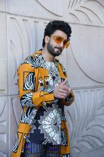 Ranveer Singh at the promotion of film Gully Boy on 7th Feb 2019 (41)_5c5d2d7109cf3.jpg