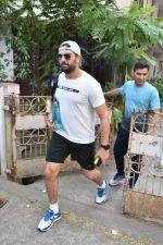 Yuvraj Singh spotted at gym in bandra on 7th Feb 2019 (7)_5c5d2d8937cd3.JPG