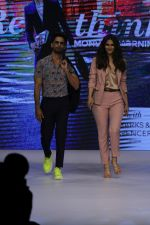Shahid Kapoor, Vaani Kapoor at Preview of Marks & Spencer Spring Summer Collection 2019 at ITC Grand Central on 7th Feb 2019 (41)_5c611e9319813.JPG