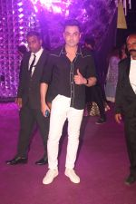 Bobby Deol at Azhar Morani & Tanya Seth Sangeet in NSCI worli on 7th Feb 2019 (20)_5c611cab9f6ee.JPG