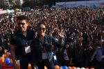 Madhuri Dixit flags off the Half Marathon with over 4000 plus mumbaikars for fitter mumbai on 11th Feb 2019 (14)_5c612f68d5d6b.jpg