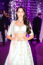 Nora Fatehi at Azhar Morani & Tanya Seth Sangeet in NSCI worli on 7th Feb 2019 (39)_5c611d2895df9.JPG