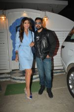 Shilpa Shetty, Raj Kundra at the baby shower of her manager in bandra on 8th Feb 2019 (3)_5c612f2cca55a.jpg
