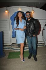 Shilpa Shetty, Raj Kundra at the baby shower of her manager in bandra on 8th Feb 2019 (4)_5c612f60eb5b6.jpg