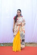 Sumona Chakravarti at Saraswati pujan at Anurag Basu_s house in goregaon on 10th Feb 2019 (108)_5c61308aa30d5.jpg