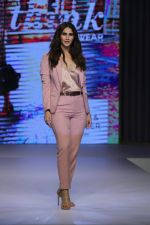 Vaani Kapoor at Preview of Marks & Spencer Spring Summer Collection 2019 at ITC Grand Central on 7th Feb 2019 (30)_5c611eac7efbc.JPG