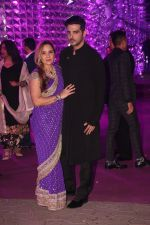 Zayed Khan at Azhar Morani & Tanya Seth Sangeet in NSCI worli on 7th Feb 2019 (22)_5c611e0360972.JPG