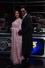 Anil Kapoor and Madhuri Dixit on sets of Super Dancer chapter 3 on 11th Feb 2019 (27)_5c6274a37145f.jpg