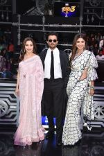 Anil Kapoor, Madhuri Dixit, Shilpa Shetty on sets of Super Dancer chapter 3 on 11th Feb 2019 (21)_5c6274518a4b5.jpg