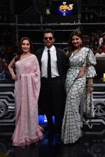 Anil Kapoor, Madhuri Dixit, Shilpa Shetty on sets of Super Dancer chapter 3 on 11th Feb 2019 (22)_5c6274a610b22.jpg