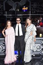 Anil Kapoor, Madhuri Dixit, Shilpa Shetty on sets of Super Dancer chapter 3 on 11th Feb 2019 (25)_5c6274a724501.jpg