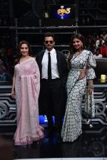 Anil Kapoor, Madhuri Dixit, Shilpa Shetty on sets of Super Dancer chapter 3 on 11th Feb 2019 (28)_5c627453e80b5.jpg