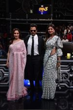 Anil Kapoor, Madhuri Dixit, Shilpa Shetty on sets of Super Dancer chapter 3 on 11th Feb 2019 (30)_5c6274a97e6dd.jpg