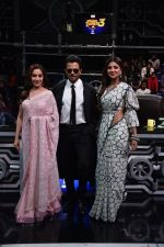 Anil Kapoor, Madhuri Dixit, Shilpa Shetty on sets of Super Dancer chapter 3 on 11th Feb 2019 (31)_5c6274552ec35.jpg