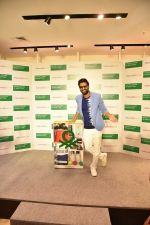 Vicky Kaushal at Store launch of UNITED COLORS OF BENNETTON on 11th Feb 2019 (18)_5c627431968da.jpg