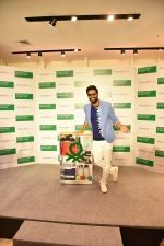 Vicky Kaushal at Store launch of UNITED COLORS OF BENNETTON on 11th Feb 2019 (19)_5c627432c4df4.jpg