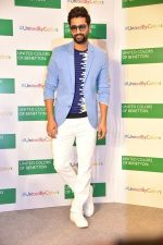Vicky Kaushal at Store launch of UNITED COLORS OF BENNETTON on 11th Feb 2019 (8)_5c627424a7a02.jpg