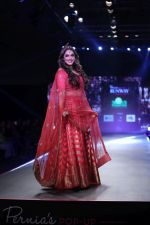 Isha Koppikar at Smile Foundation & Designer Sailesh Singhania fashion show for the 13th edition of Ramp for Champs at the race course in mahalxmi on 13th Feb 2019 (63)_5c651eb870621.jpg