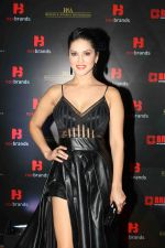 Sunny Leone at the 4th Edition of Annual Brand Vision Awards 2019 on 13th Feb 2019 (11)_5c6525c139c68.jpg