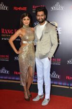 Vicky Kaushal, Shilpa Shetty at Flimfare Glamour And Style Awards on 13th Feb 2019 (39)_5c65251d31e3b.jpg