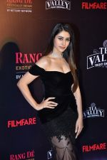 at Flimfare Glamour And Style Awards on 13th Feb 2019 (25)_5c6524aaec8af.jpg