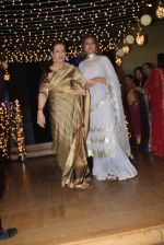 Poonam Sinha at Sonakshi Sinha_s wedding reception in four bungalows, andheri on 17th Feb 2019 (44)_5c6a640f8a0e8.jpg