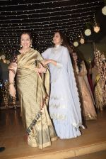 Poonam Sinha at Sonakshi Sinha_s wedding reception in four bungalows, andheri on 17th Feb 2019 (47)_5c6a641481676.jpg