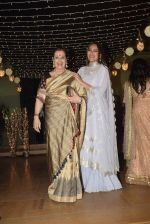 Poonam Sinha at Sonakshi Sinha_s wedding reception in four bungalows, andheri on 17th Feb 2019 (49)_5c6a64184aa44.jpg