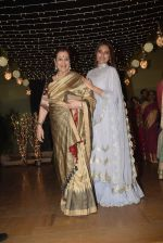 Poonam Sinha at Sonakshi Sinha_s wedding reception in four bungalows, andheri on 17th Feb 2019 (53)_5c6a641f400bc.jpg