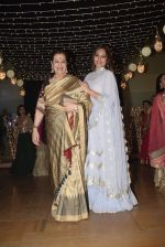 Poonam Sinha at Sonakshi Sinha_s wedding reception in four bungalows, andheri on 17th Feb 2019 (56)_5c6a64226c9aa.jpg