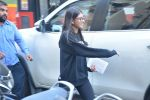 Karisma Kapoor_s daughter Samiera spotted at maple store in bandra on 19th Feb 2019 (1)_5c6d070480901.jpg