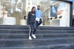 Karisma Kapoor_s daughter Samiera spotted at maple store in bandra on 19th Feb 2019 (6)_5c6d070a7ff46.jpg