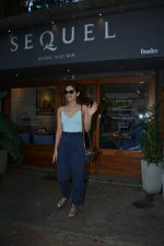 Manushi Chillar spotted at sequel bandra on 19th Feb 2019 (5)_5c6d09e3b0beb.jpg
