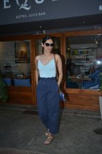 Manushi Chillar spotted at sequel bandra on 19th Feb 2019 (9)_5c6d09ec98300.jpg