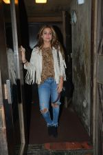 Amrita Arora spotted at palli Bhavan Bandra on 27th Feb 2019 (2)_5c7784e8e783f.jpg
