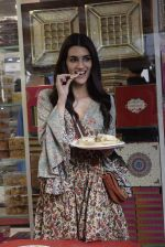 Kriti Sanon at Tewari Sweets to celebrate the success of film Luka Chuppi on 4th March 2019 (29)_5c80d2f2b89e4.jpg