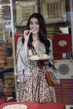 Kriti Sanon at Tewari Sweets to celebrate the success of film Luka Chuppi on 4th March 2019 (34)_5c80d2fd41815.jpg
