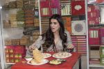 Kriti Sanon at Tewari Sweets to celebrate the success of film Luka Chuppi on 4th March 2019 (45)_5c80d3140ba78.jpg
